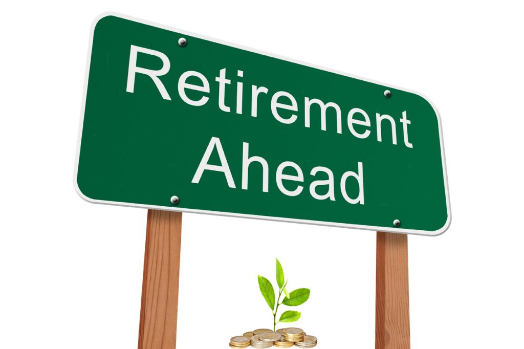 RetirementAheadGreenRoadSignZGoldCoins_72DPI_ISO_shutterstock_207355798
